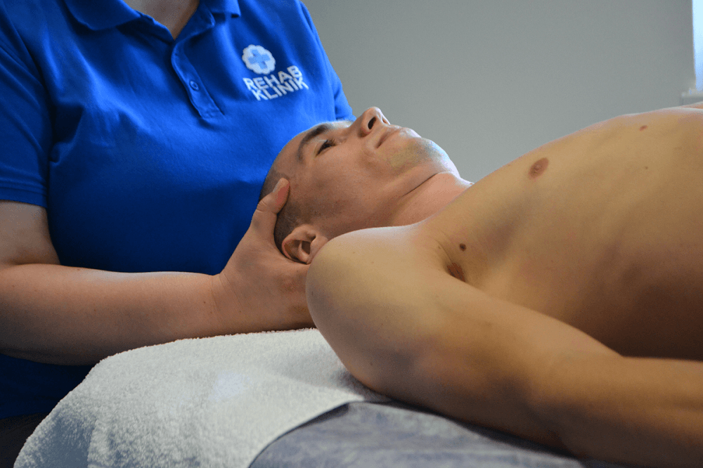 Fyzioterapeut a bolesť krku